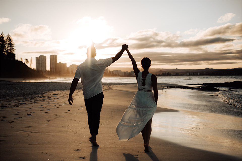 Froggy Beach - Aleki & Jess - Gold Coast Elopement