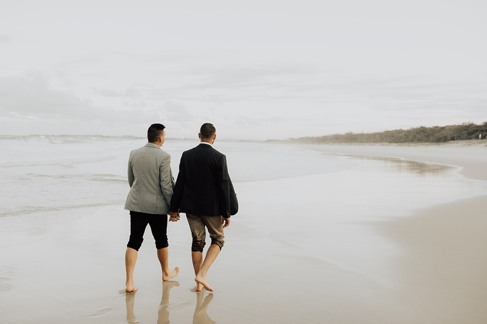 Hitched in Paradise - Dreamtime Beach - Gay Elopements
